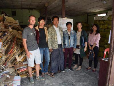 Chúng tôi đang hợp tác với đơn vị quản lý chất thải đô thị ở tỉnh Nyaungshwe (Myanmar) để thí điểm trung tâm đầu tiên của ReForm. Hiện đang hướng đến việc sản xuất tấm bảng và ván tái chế để tận dụng hơn nữa nguồn rác tài nguyên quanh khu vực hồ Inle.